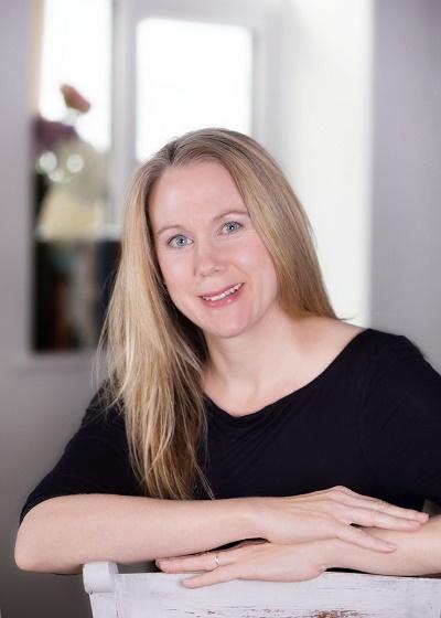 Fiona  Schneider